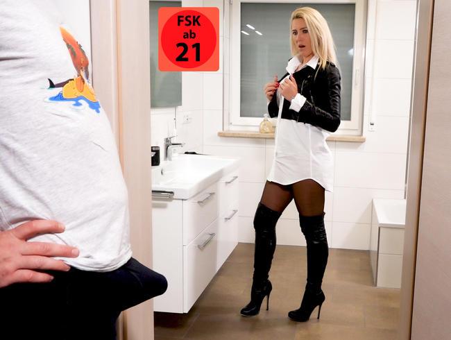 Perverse Morgenlatten Hardcoreeskalation   Nach Ultra DoublePissFick gehts NASS ins Büro...