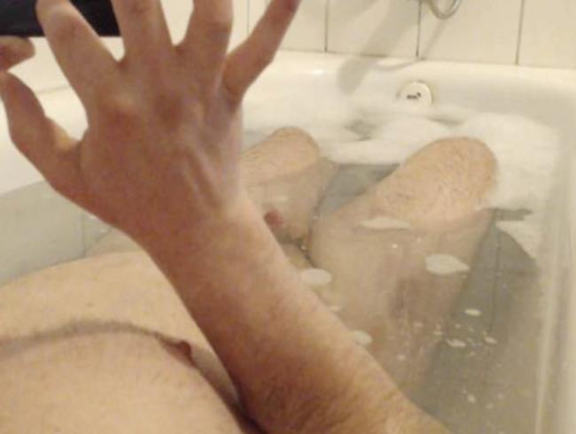 Neulich in der Badewanne wurde ich richtig geil ;-))))